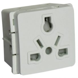 International Socket Outlet 3