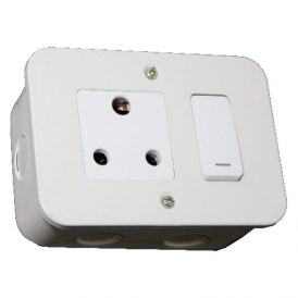 Switched Single 16A RSA Socket Outlet 3