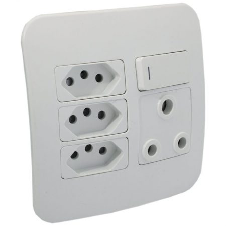 Switched Wall Socket 1