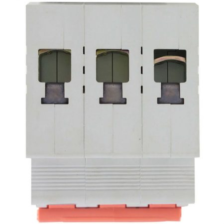 63A Triple Pole Isolator 3